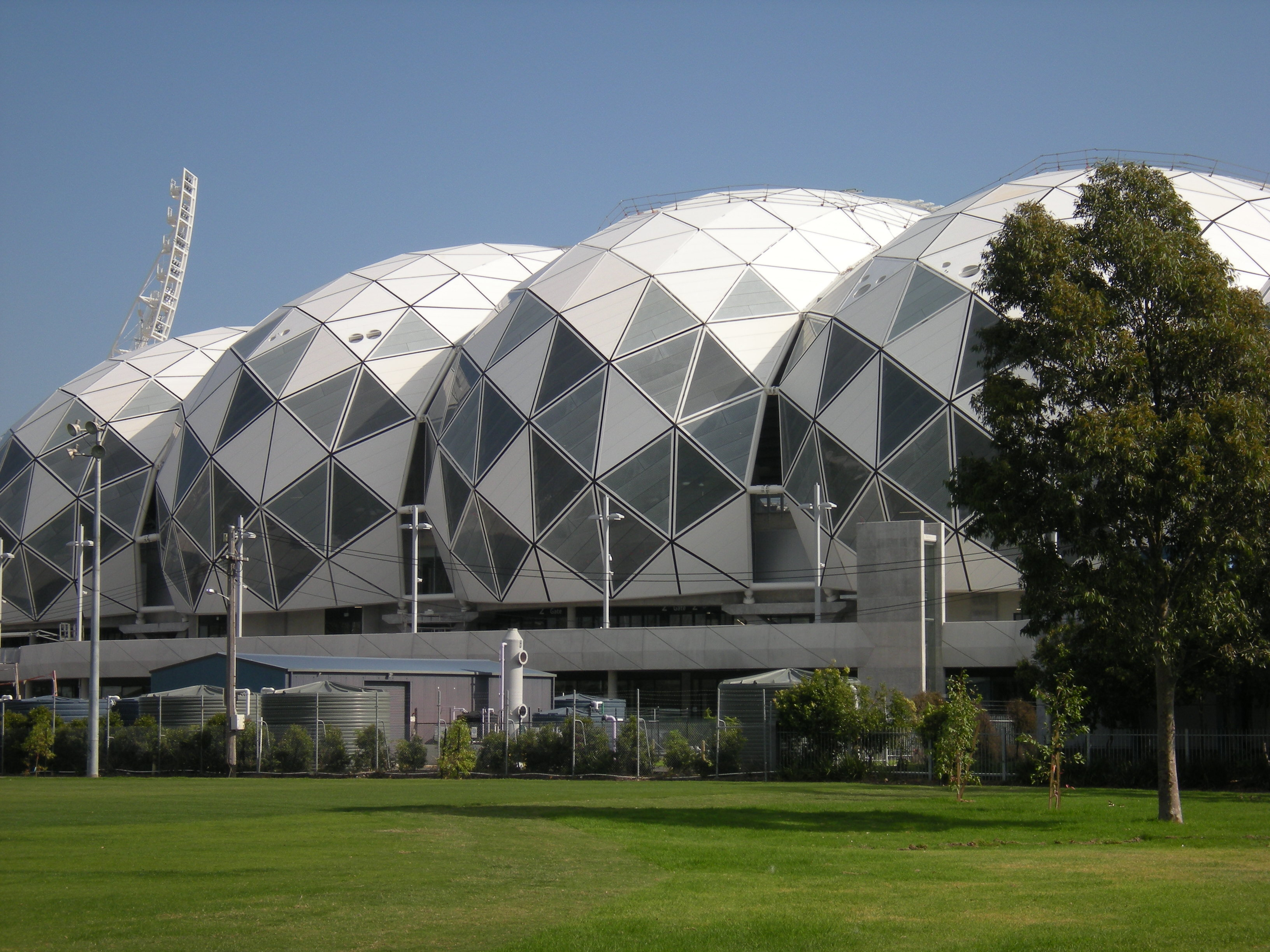 Melbourne Rectangular Stadium bioframe roof